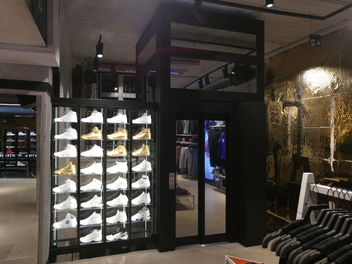 Ascenseur Boutique Paris